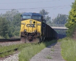 CSX 532 (outlawed?) with a string of loaded coal hoppers