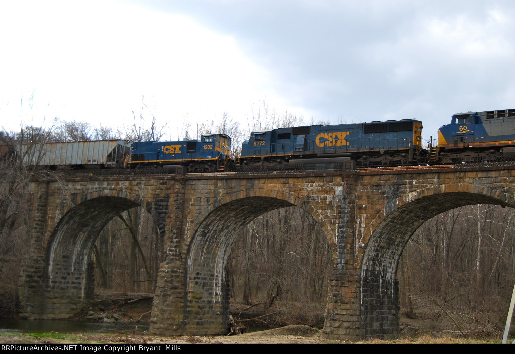 Q410 on Thomas Viaduct