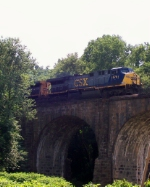 Q70227 crossing Thomas Viaduct