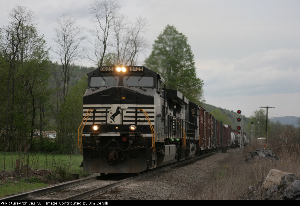 NS 930