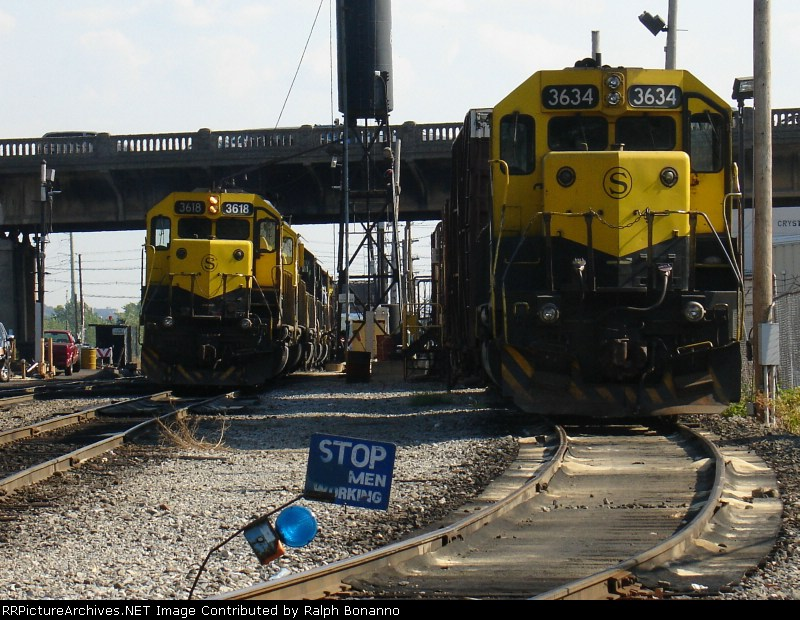 A pair of SD45's await the call to duty