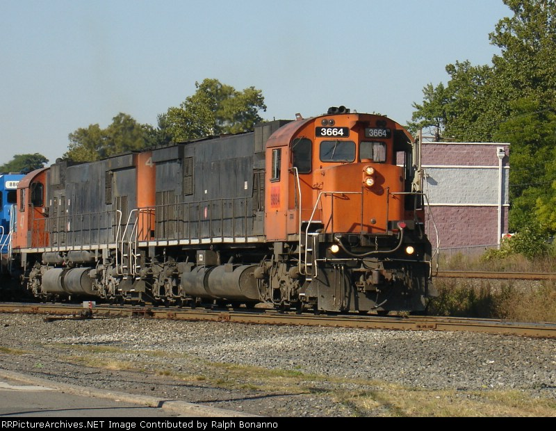 SU-403 has arrived and the ALCo's will be split from the CSX power behind it