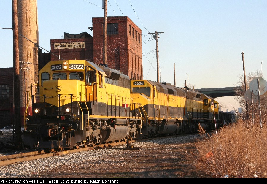 SU-99 Gets an early start west as it leaves the MC tracks starting its trek to Binghamton, NY