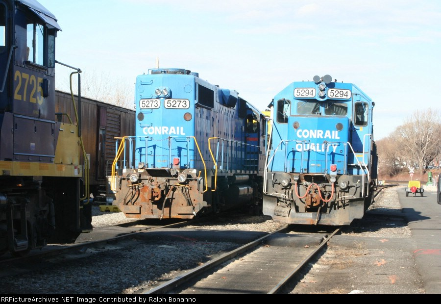 some borrowed CSX and NS power  sits idle on Christmas Eve
