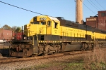 SD40T-2 3012 poses in the afternoon sun before heading west