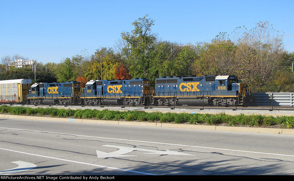 J726 Headed by CSX 6108 Rolls in to the D-Yard at Lafayette IN.