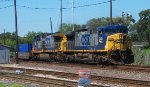 CSX 240 leads a Intermodal train