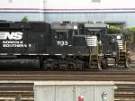 NS EMD GP60 7133 & GE B32-8 3554