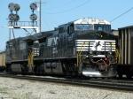 NS GE C40-9W's 9371 & 8903