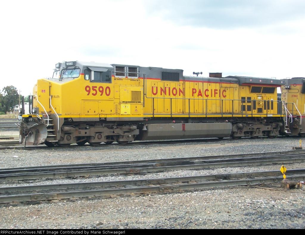 UP 9590