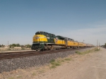 UP 1995 leads SSAEP into El Paso at 4:16pm