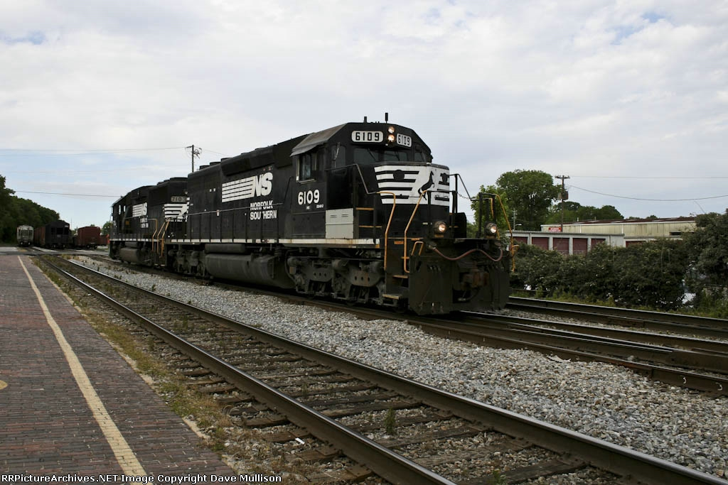 NS 6109 and 7103