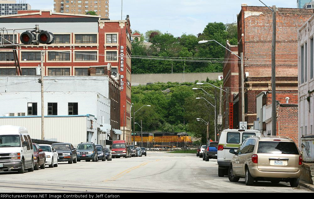 UP 2080 through the West Bottoms
