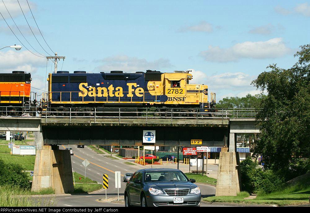 Santa Fe Geep.  Santa Fe bridge.