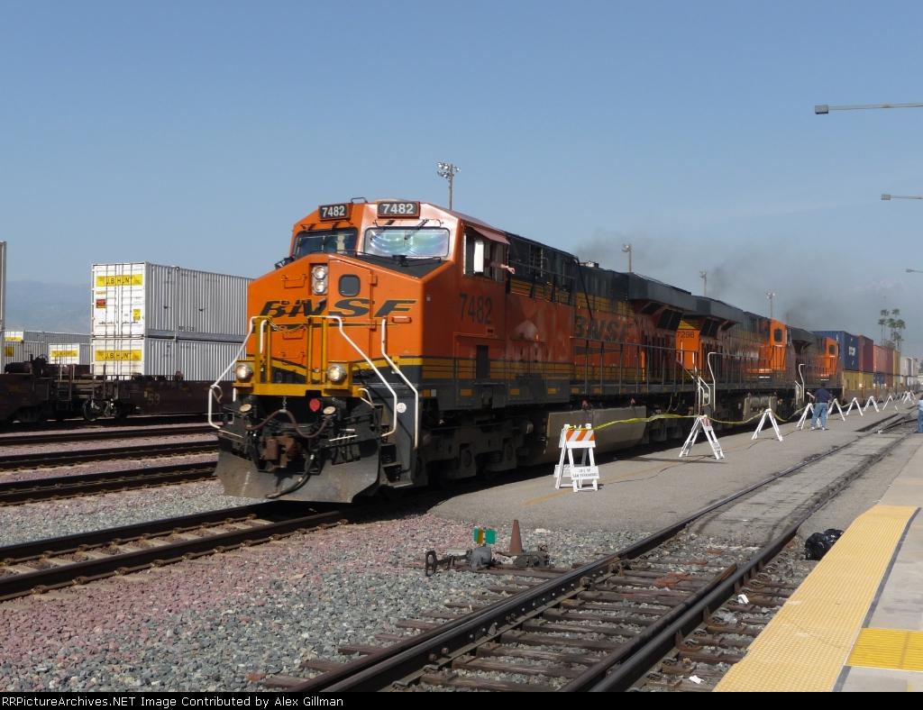 BNSF 7482 West