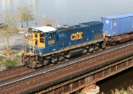 CSX 1219 leading the transfer to FEC
