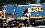 CSX 1174 with engine trouble