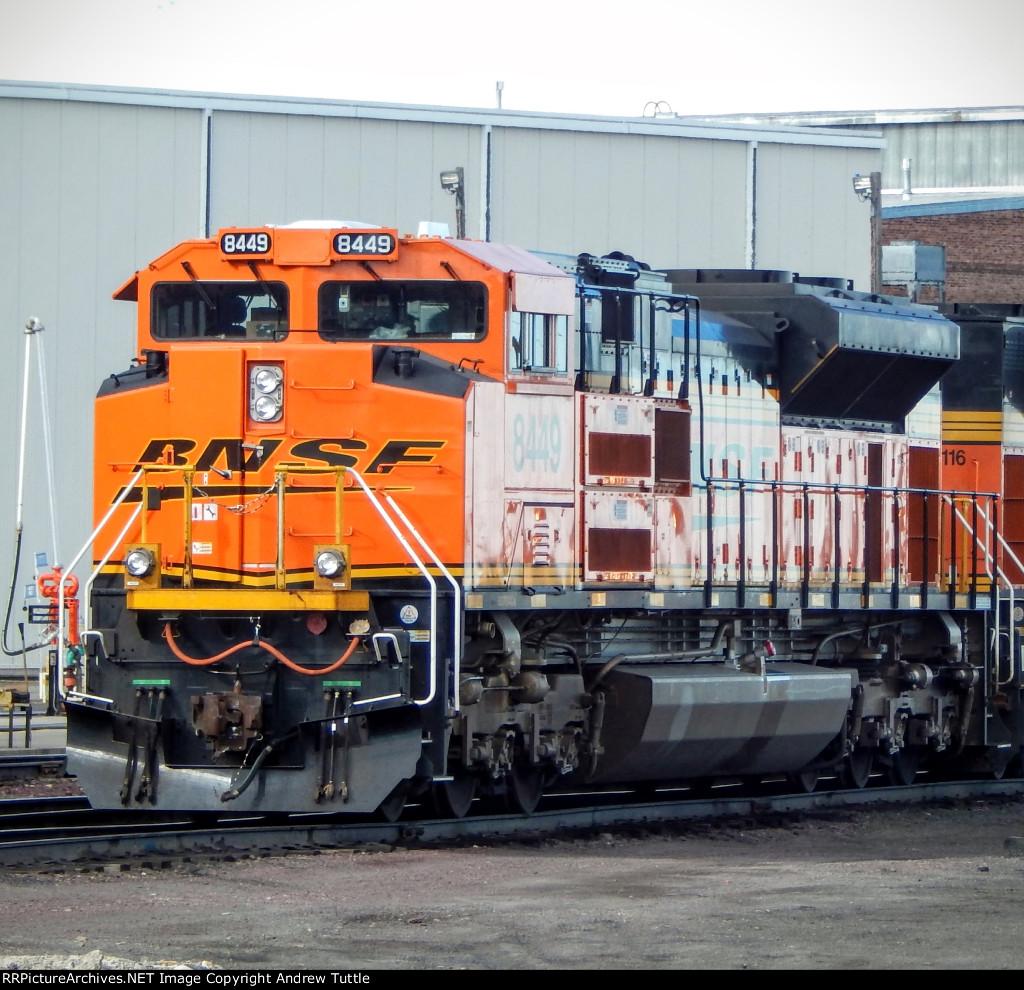 BNSF 8449