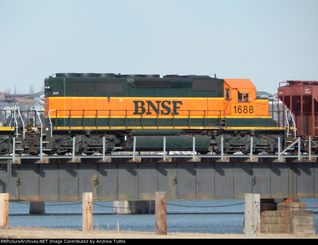 BNSF 1688