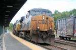 CSX Detopur X101-16 rumbles thru the Metro-North/NJT station enroute to the NYS&W and NJ