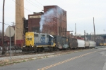 WS-4 with the CSX 2732 brings cars(and the SU-99 power) to the west end of the MC tracks