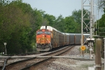 BNSF 5173 is in the hole