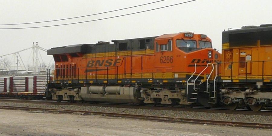 BNSF 6266