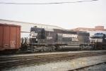 NS SD40-2 3305