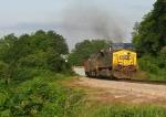 CSX AC44 516 leads train Q667 south