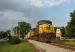 CSX Q471 passing through Downtown Colbert