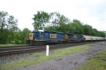 CSX 6087 with hoppers for ADM