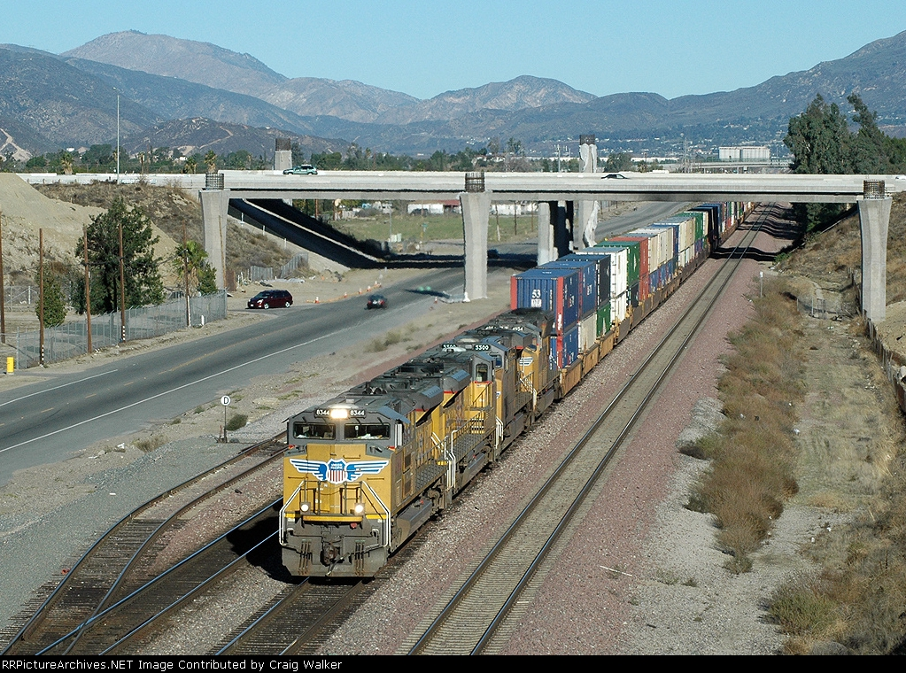 UP 8344 - San Bernardino, CA - 11/13/10