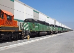 BNSF 7805 - Fontana, CA - 8/7/10