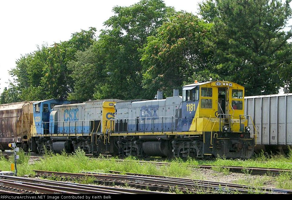 CSX 1228 and 1181