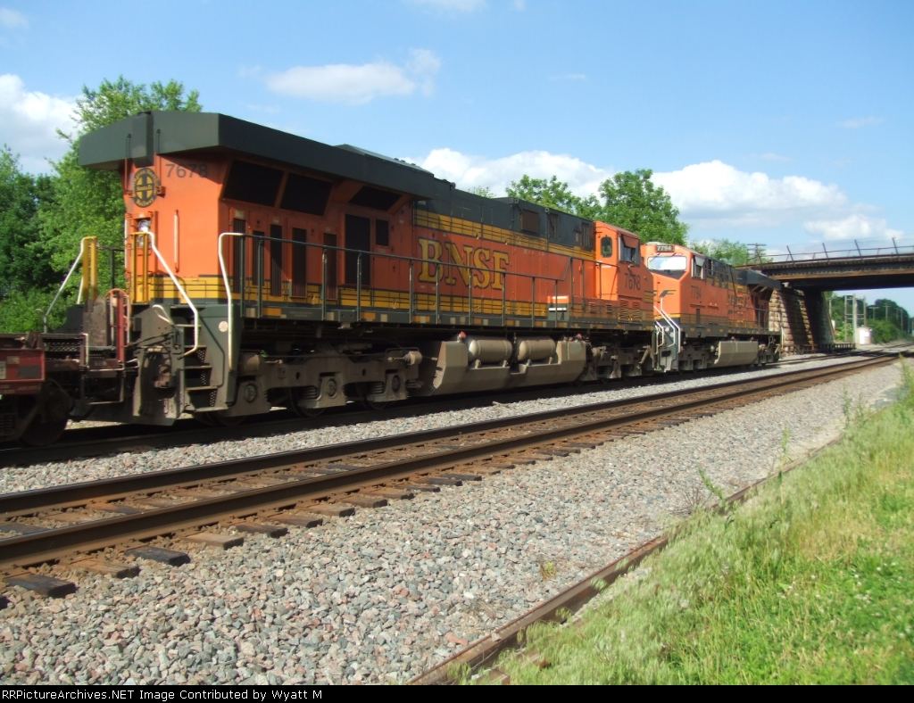 BNSF 7678 and 7794