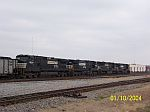 Unidentified coal train heading east at 32nd st