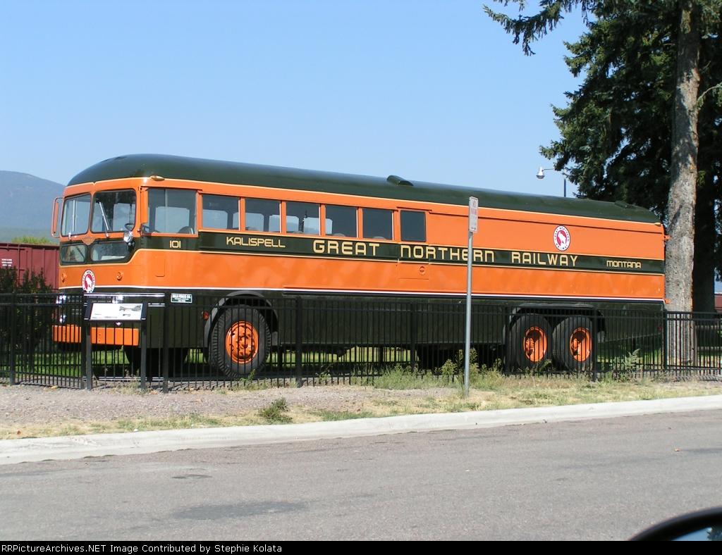 GN 101 RAIL BUS TRUCK