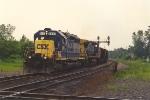 Southbound coal empties approach diamond