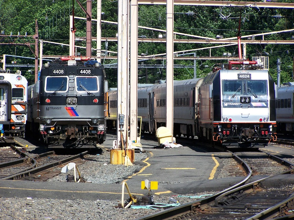 NJT 4624 and 4408