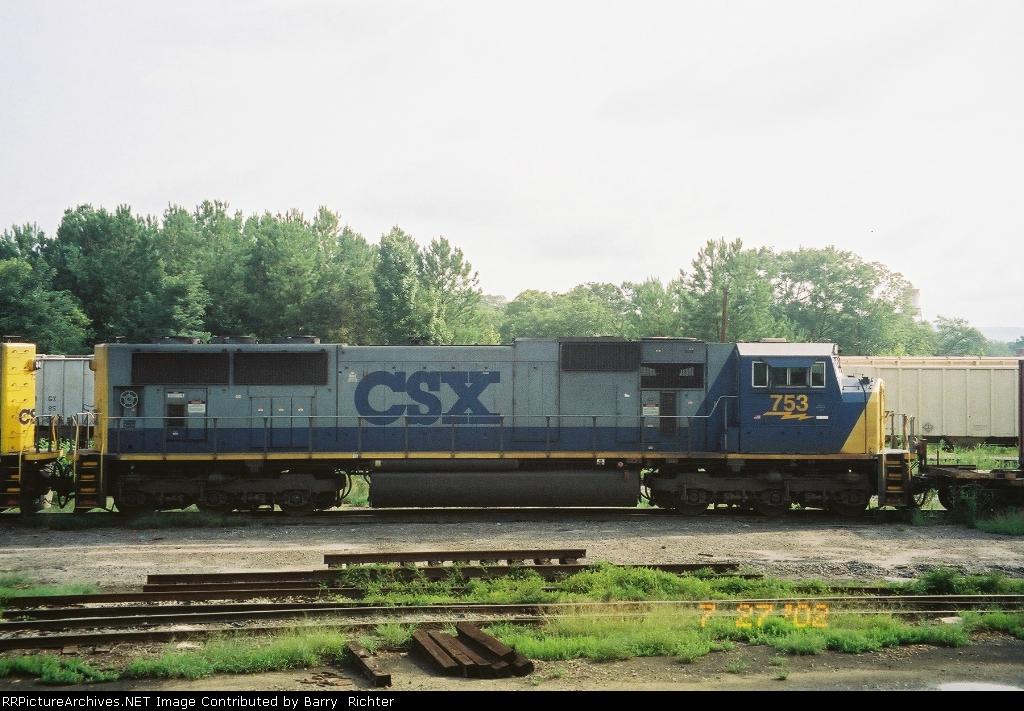 CSX SD70MAC 753
