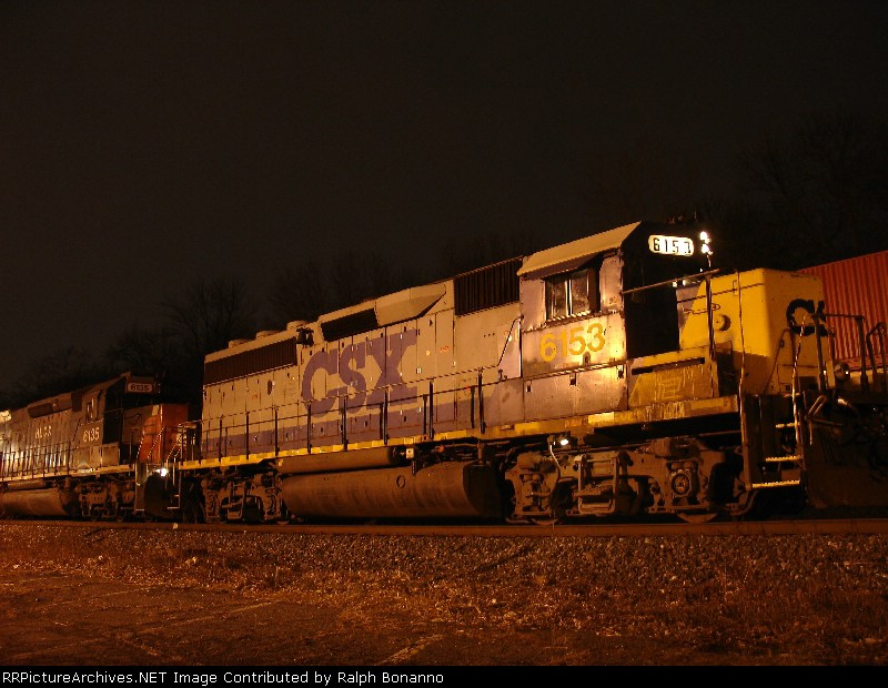 """Q273-09 sits on the siding at 9:25 PM. Note the """"PC"""" in the dirt on the battery box cover"""