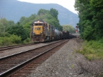Q402, with GP40-2 6058 leading, rolls into the siding at CP-52, northbound
