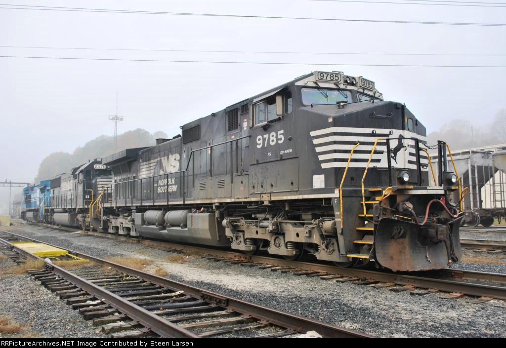 NS 9785 (D9-40CW)