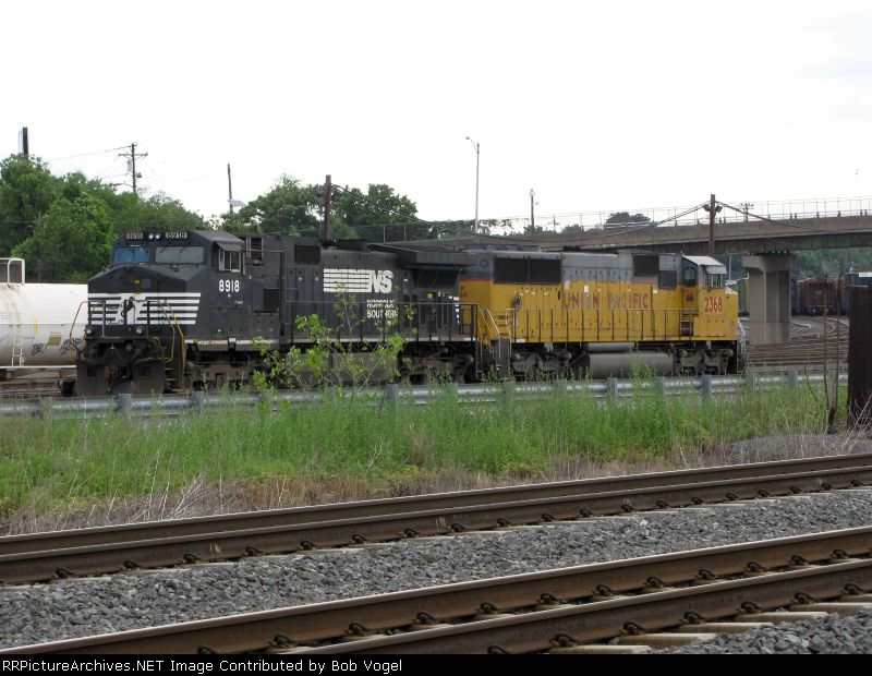 NS 8918 and UP 2368