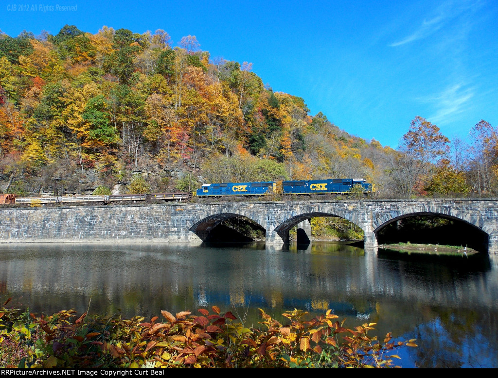 CSX 2495 and 2482