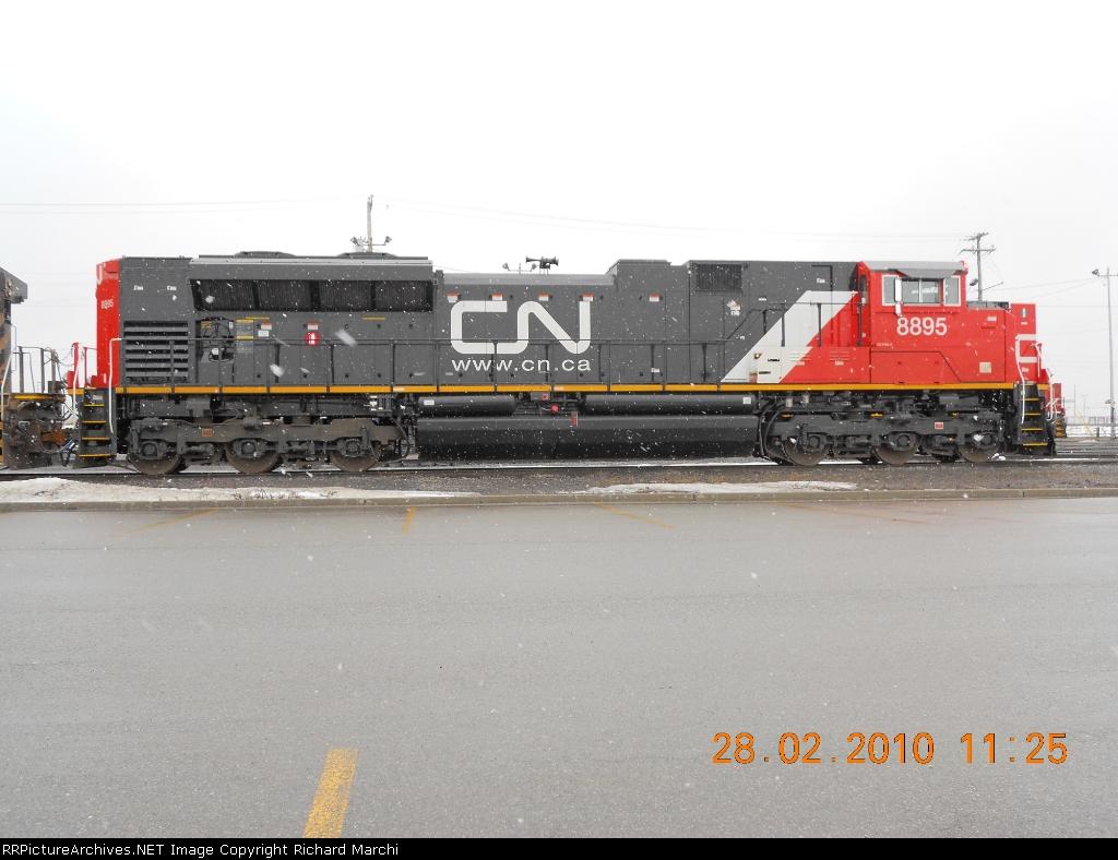 CN8895