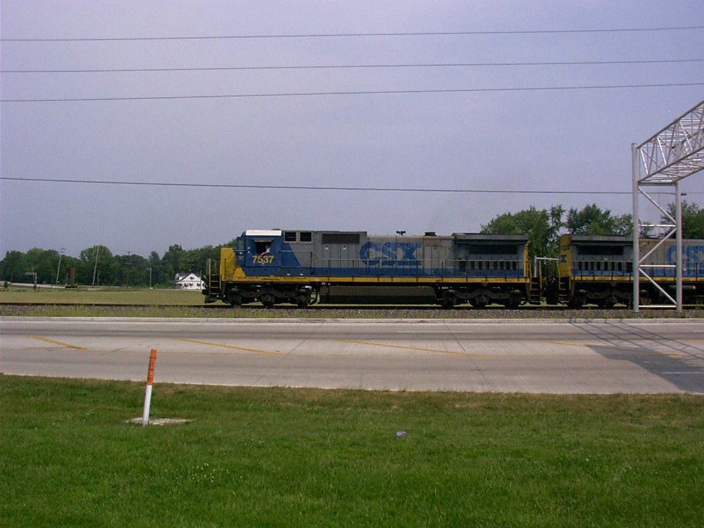 CSX C40-8#7537 On The Louisville & Indiana