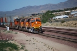 BNSF 7844 Highballs east into the BNSF Barstow yard about 1 hour after BNSF 7854 had passed the same spot.