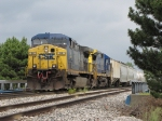 Q335-16 waits on the main for Y106 to get farther ahead before continuing west