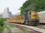 CSX 2489 leads D008 down Track 1 with 25 empty tie gons